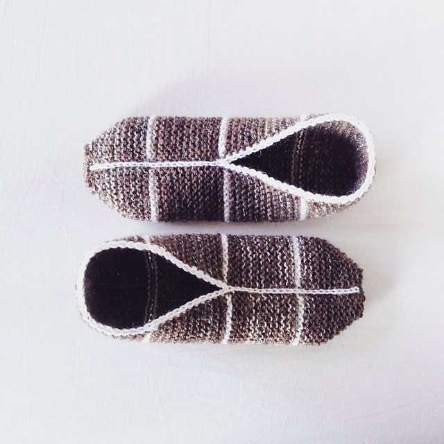 simple garter st slippers